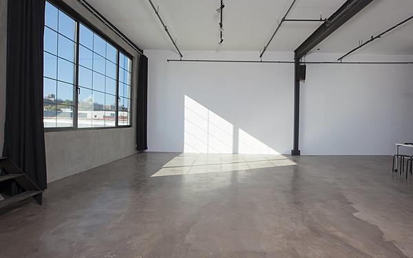 Brooklyn Rooftop Photo Studio / Location / Creative space
