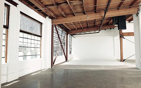 Daylight Studio with Cyc in Downtown LA