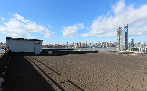 Greenpoint Rooftop with Manhattan Skyline Views