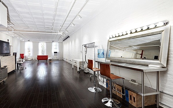 2000 sq ft Hells Kitchen South Light Loft