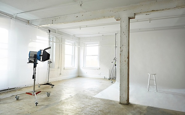 ALL INCLUSIVE (ARRI HMIs) Fully Equipped Brooklyn Daylight Studio