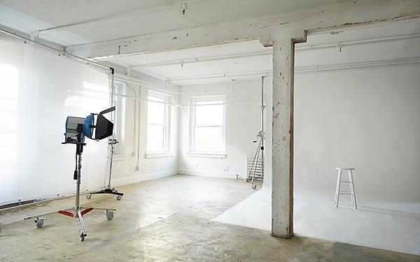 ALL INCLUSIVE (ARRI HMIs) Fully Equipped Brooklyn Daylight Studio