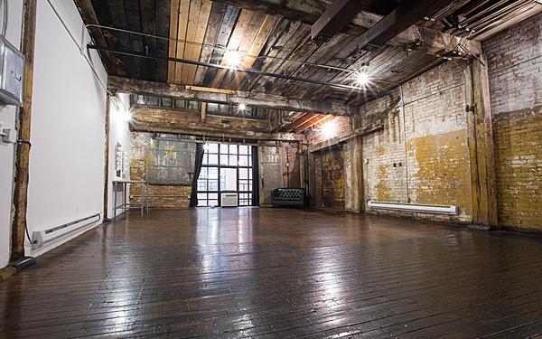 Greenpoint - Studio 520 - 800sf - Industrial Loft