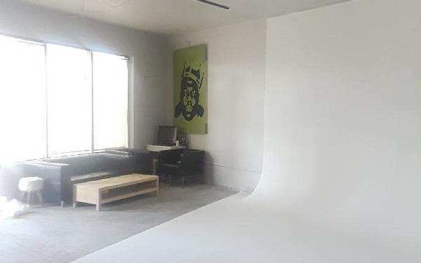 Photo Studio In Music Artist Collective Space