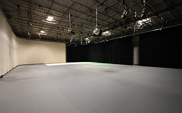 Denver, Large Sound Stage With A/C & Power + Pro Audio, Video