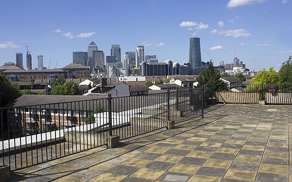 Rooftop with Canary Wharf views
