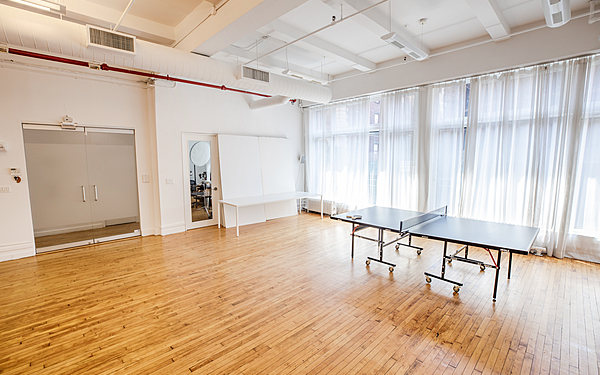 Flatiron Daylight Studio for Rent - Perfect Beauty, Portrait, and Still Life Setup. Gear rental available
