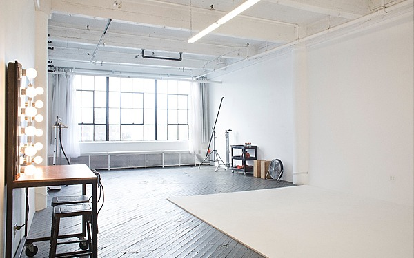 Private Daylight Studio, CYC, EQ Rental, Brooklyn