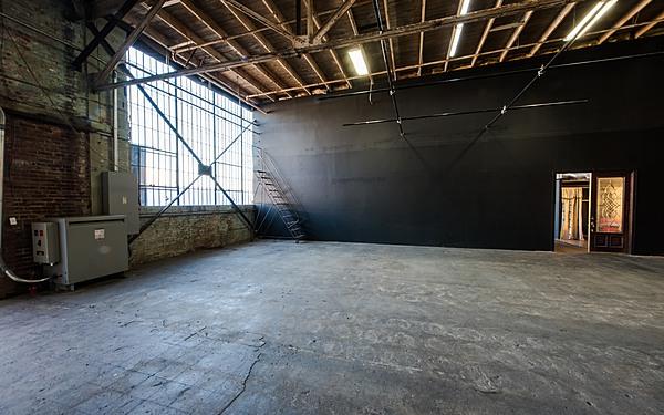 Studios60 Center Stage