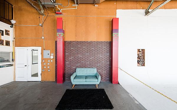 Studios60 CYC Stage