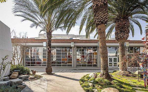 Art School Complex