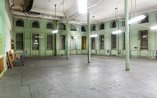 Wide Open & Raw Studio Space- Industrial And Ornate