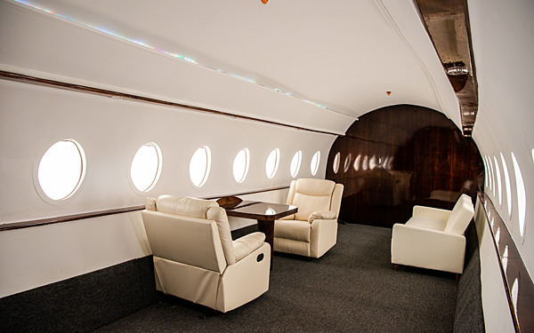 Olympic 4 - Private Jet
