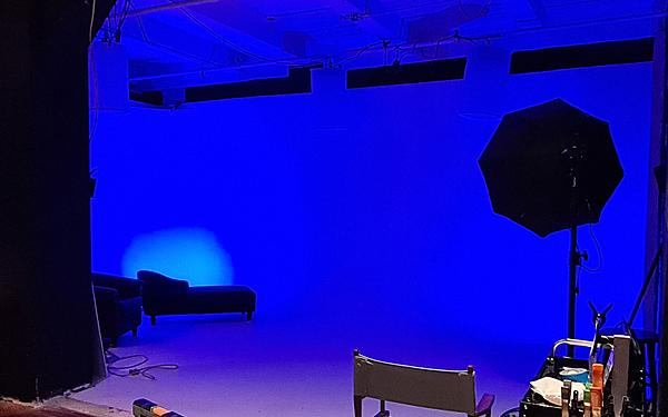Manhattan Studio - CYC Wall, Green Screen stage