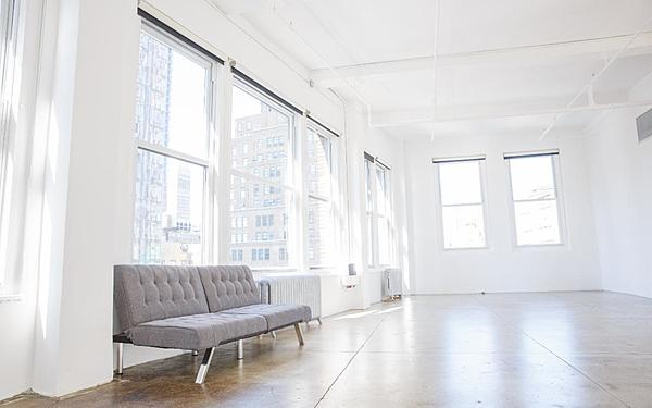Manhattan Daylight Penthouse Studio 2